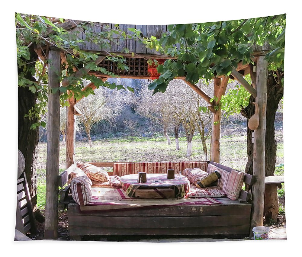 Al Fresco Dining Tapestry featuring the photograph Al Fresco Dining by Phyllis Taylor