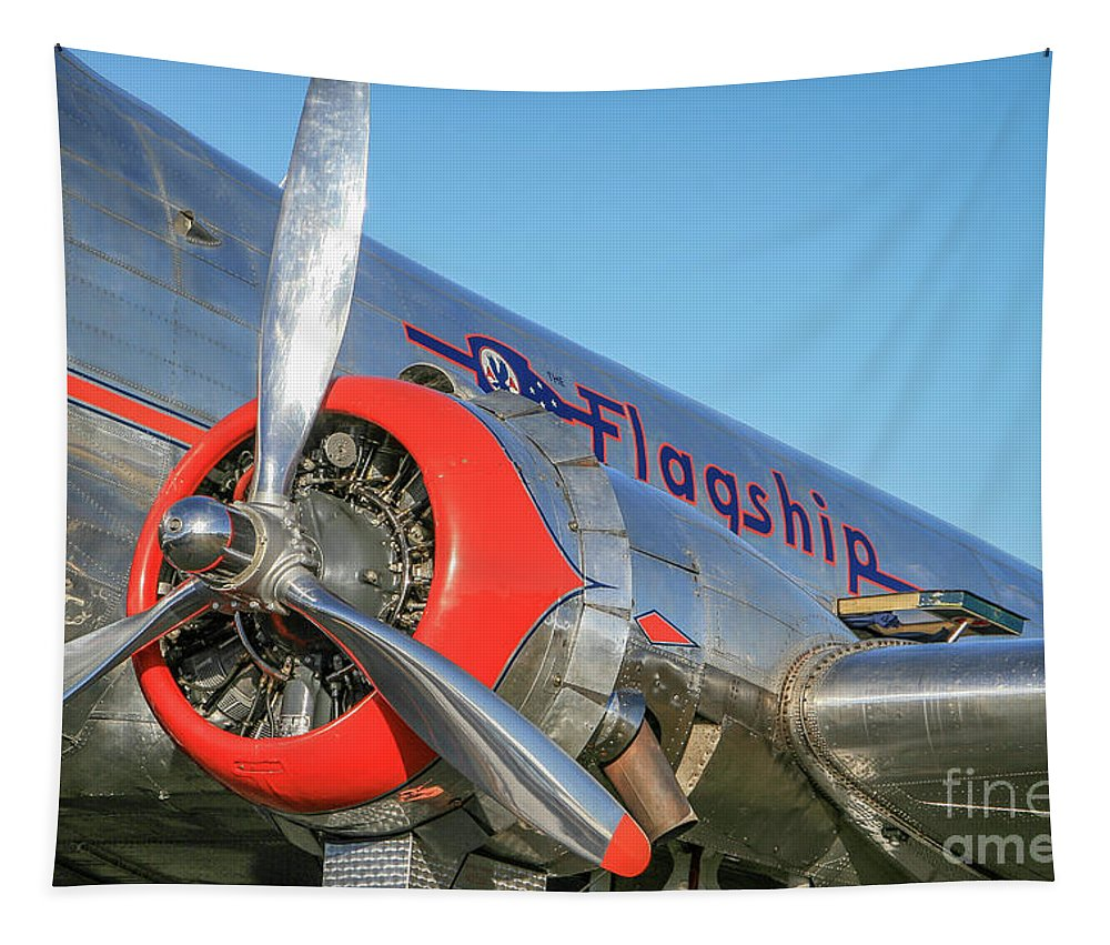 Airplane Tapestry featuring the photograph American Airlines Flagship by Tom Claud