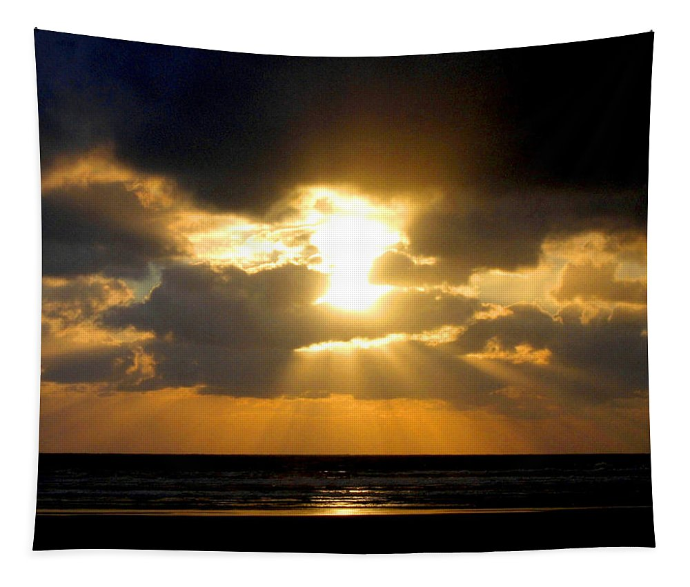 Sunset Tapestry featuring the photograph An Inspiring Evening by Will Borden