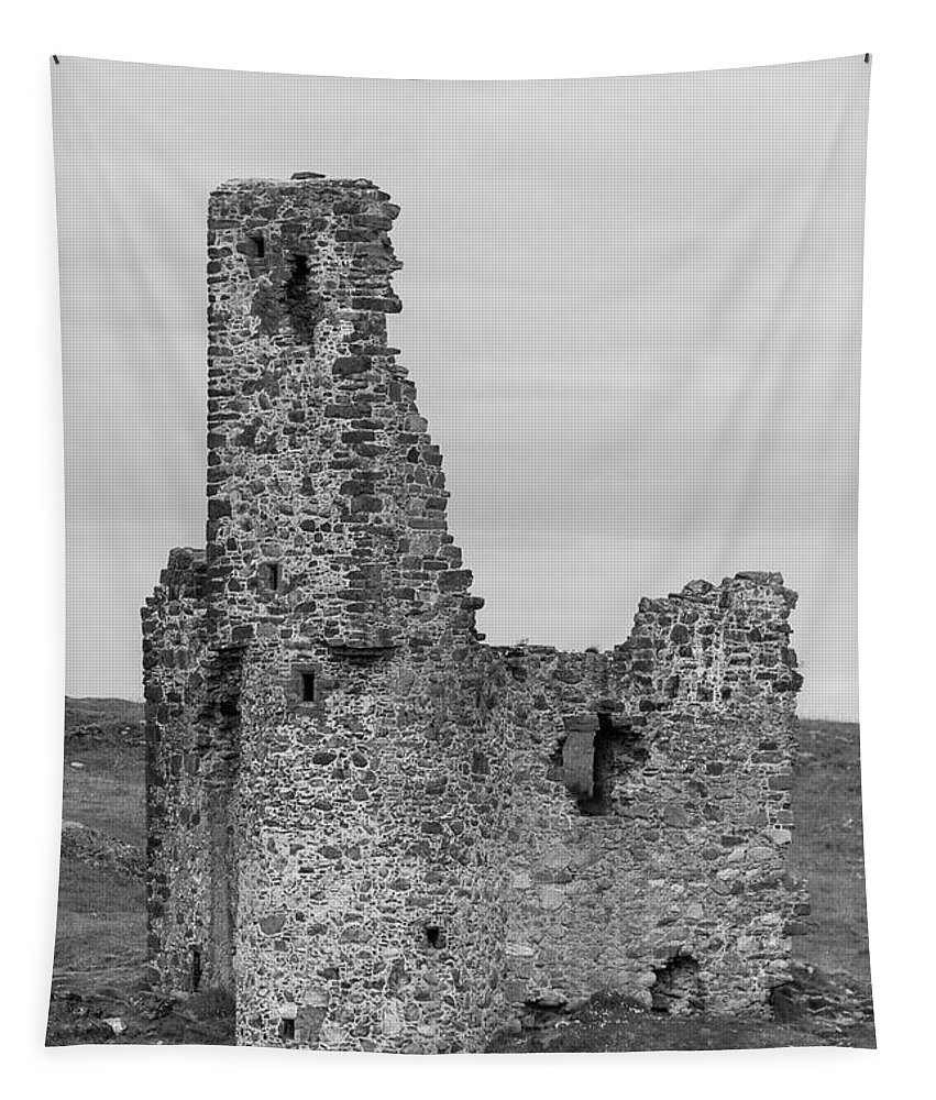 Ardvrek Tapestry featuring the photograph Ardvrek Castle 0945 Bw by Teresa Wilson