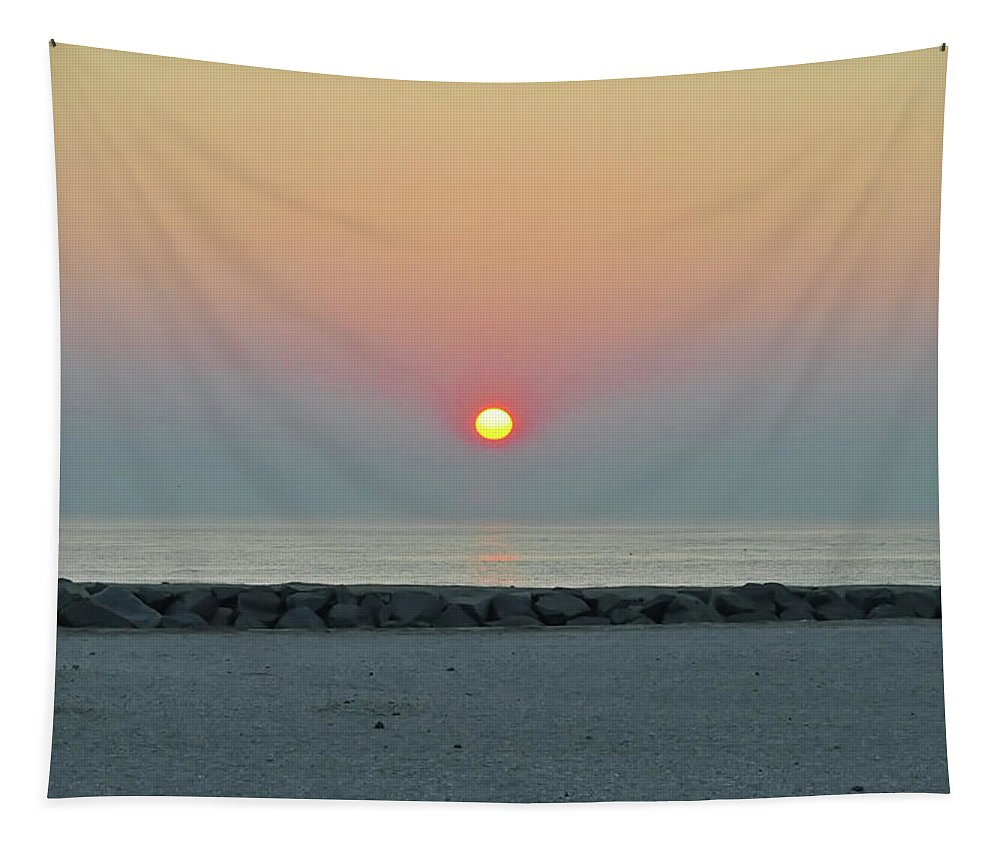 Atlantic Tapestry featuring the photograph Atlantic City New Jersey - Sunrise On The Beach by Bill Cannon