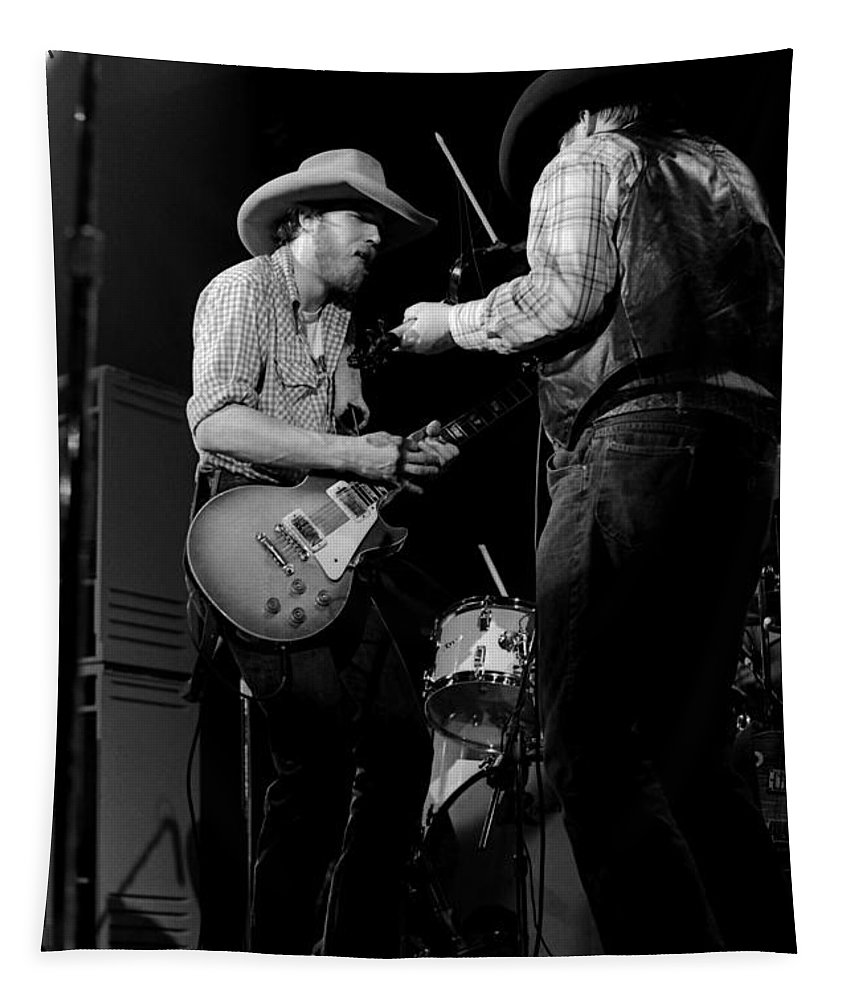 Southern Rock Tapestry featuring the photograph Cdb Winterland 12-13-75 #40 by Ben Upham