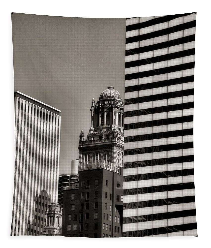 Chicago Architecture Tapestry featuring the photograph Chicago Architecture - 14 by Ely Arsha