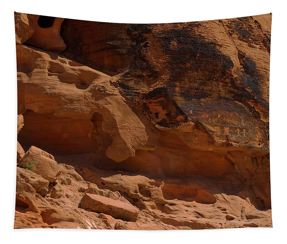 Landscape Tapestry featuring the photograph Desert Varnish Petroglyphs Valley Of Fire by Frank Wilson