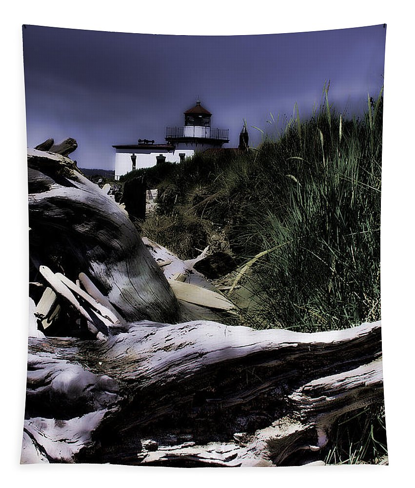 Discovery Park Tapestry featuring the photograph Discovery Park Lighthouse by David Patterson