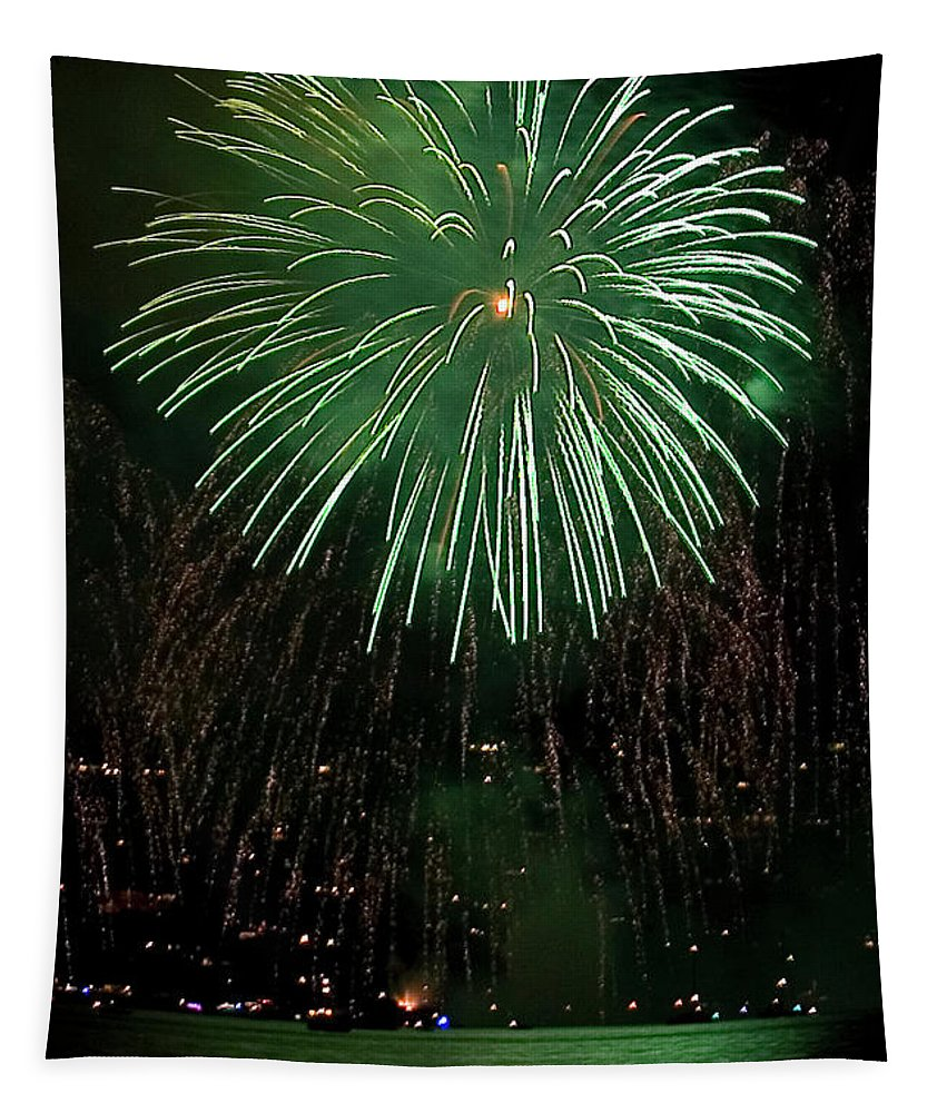 Fireworks Tapestry featuring the photograph Emerald Sky by David Patterson