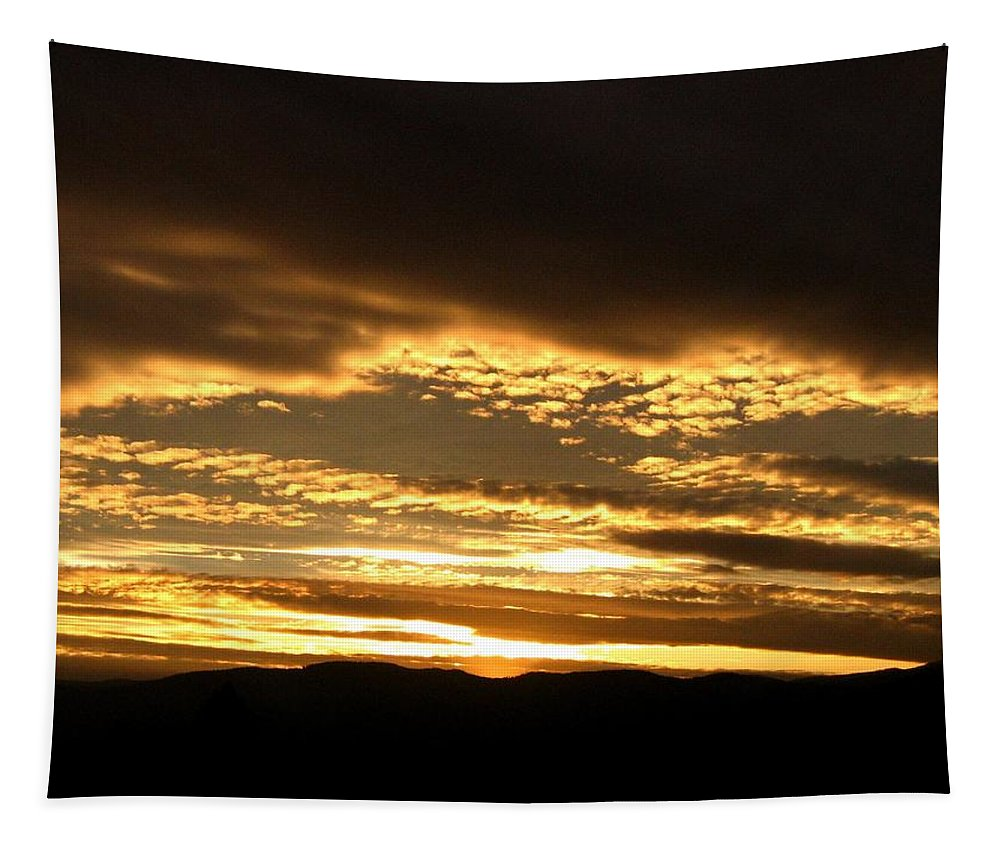 Sunset Tapestry featuring the photograph Evening Grandeur by Will Borden