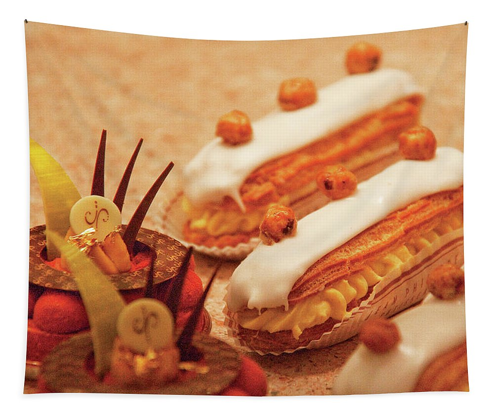 Hdr Tapestry featuring the photograph Food - Cake - Little Cakes by Mike Savad