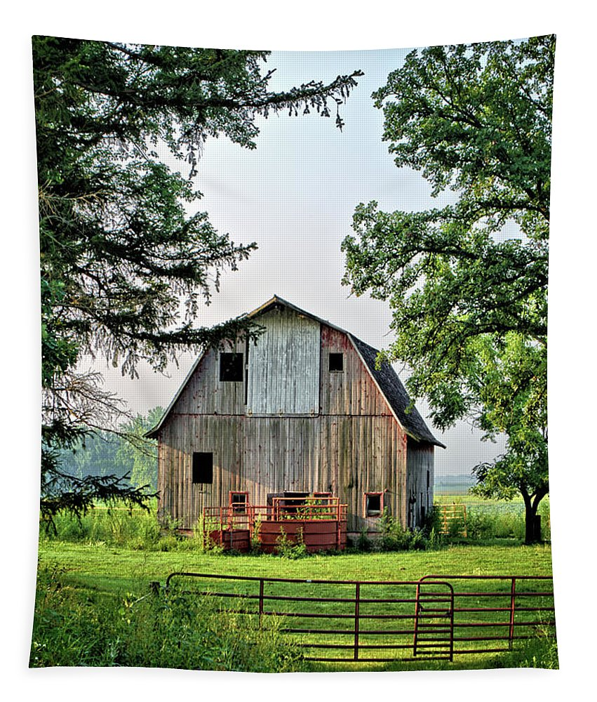 Barn Tapestry featuring the photograph Howard County Barn by Bonfire Photography