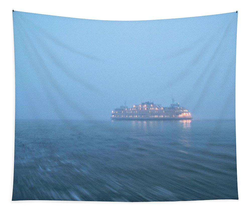 Staten Island Tapestry featuring the photograph In The Fog by Robert McCulloch