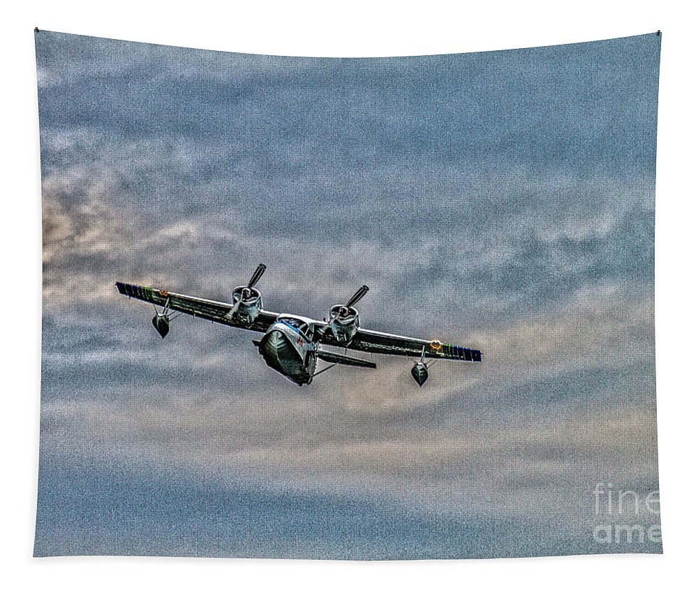 Seaplane Tapestry featuring the photograph Incoming by William Norton