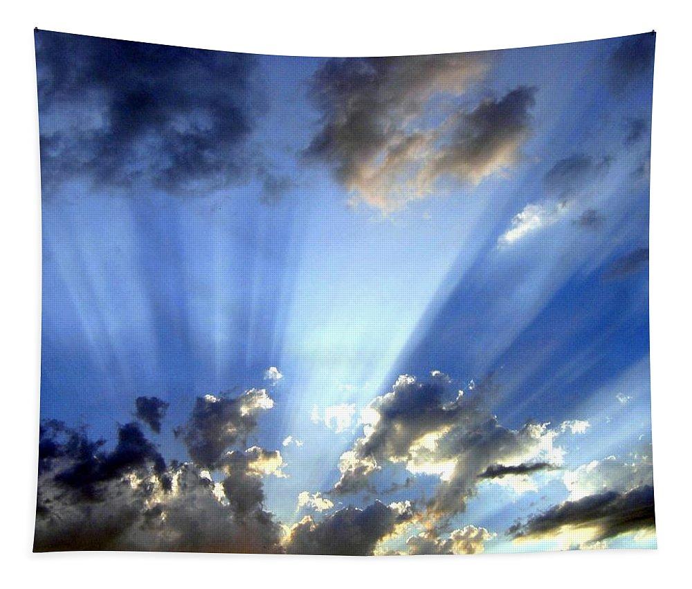 Sunburst Tapestry featuring the photograph Inspiring Sunburst by Will Borden