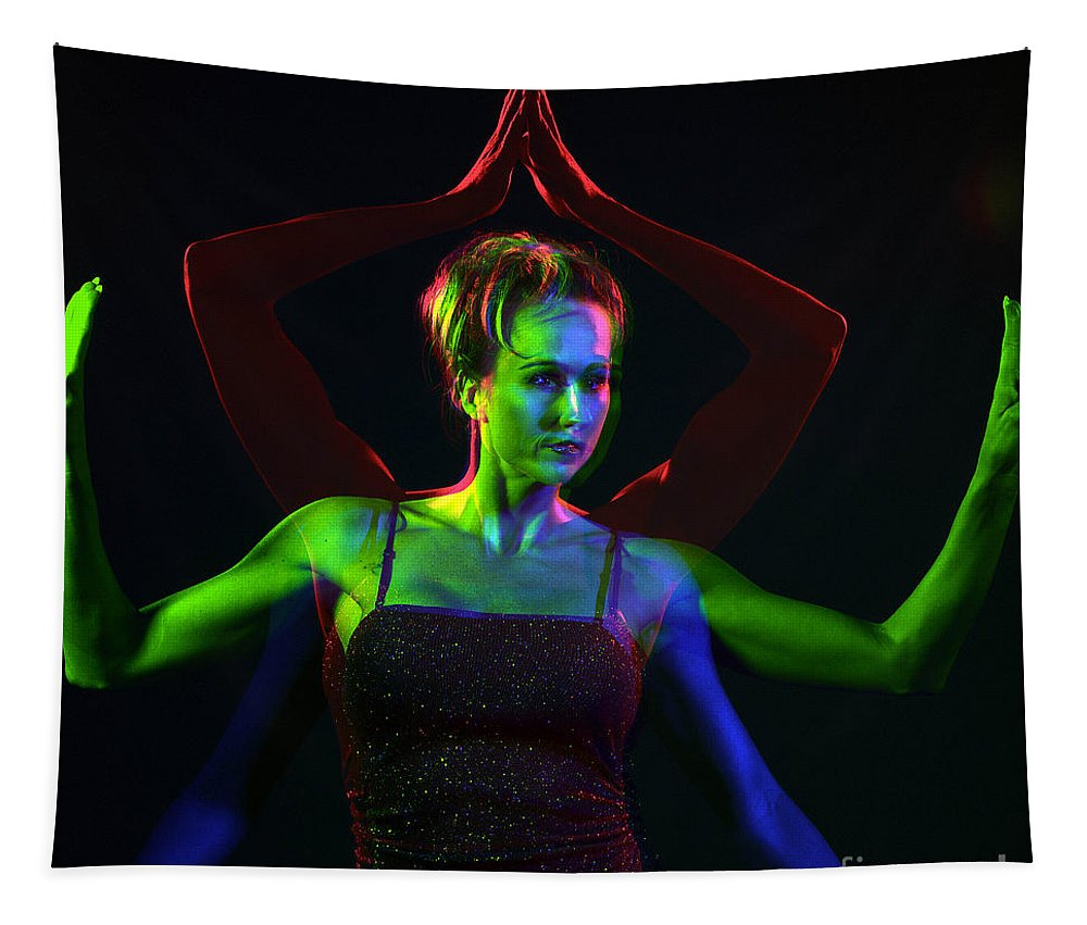 Model Tapestry featuring the photograph Kelliergb-8 by Gary Gingrich Galleries