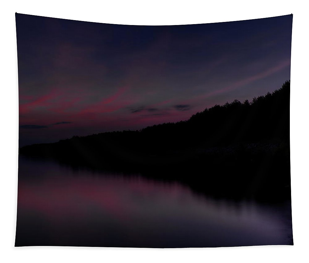 Lake Du Bay Tapestry featuring the photograph Lake Du Bay Disappearing Silhouette by Dale Kauzlaric