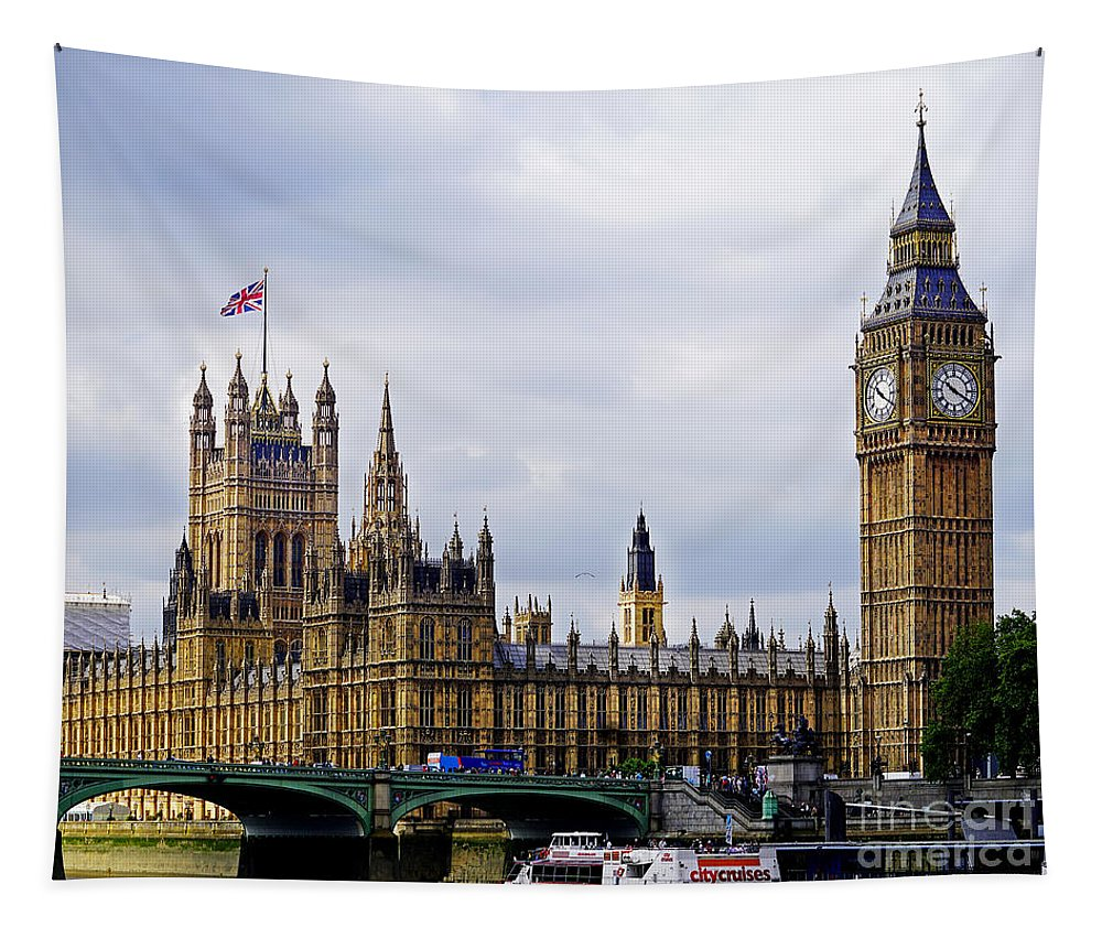 London Tapestry featuring the photograph London 4 by Ben Yassa
