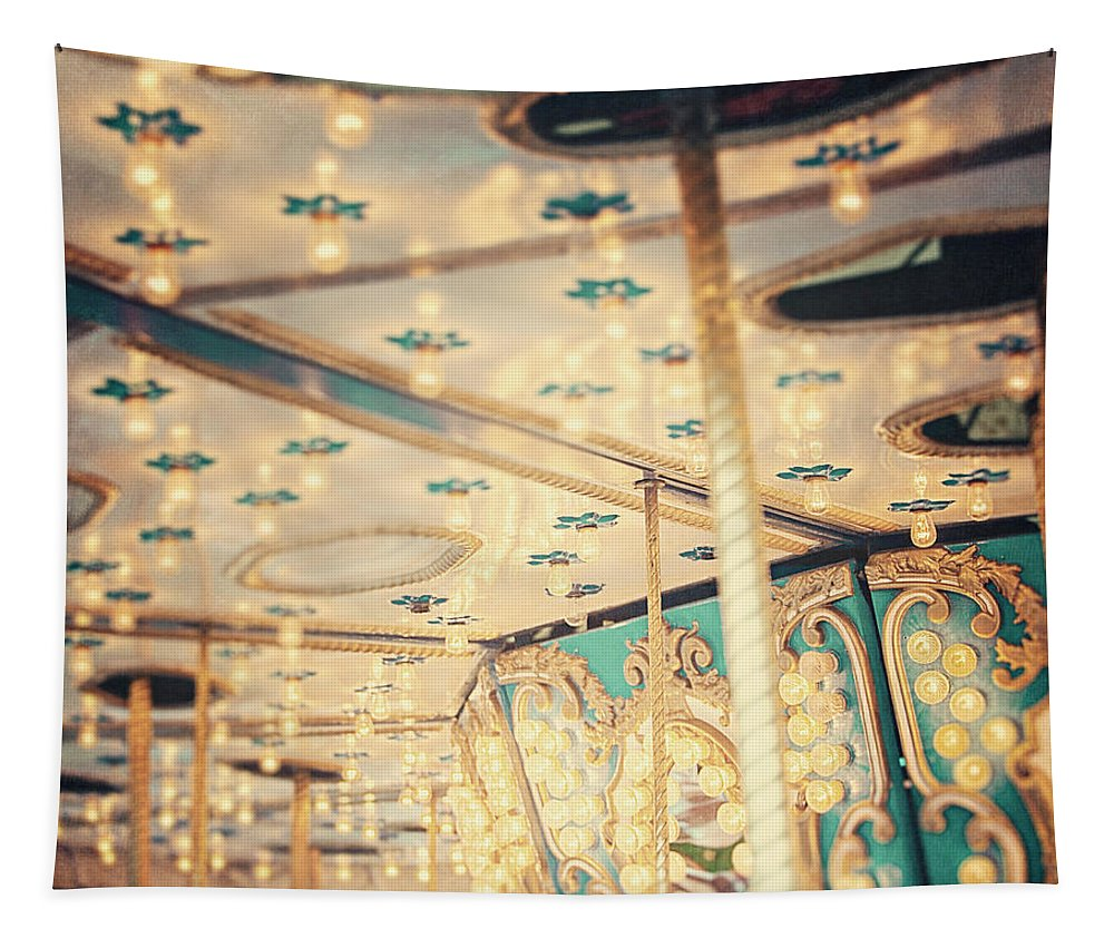 Carousel Tapestry featuring the photograph Look Up by Lisa R