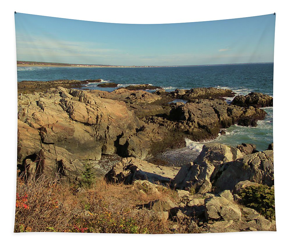 Maine Tapestry featuring the photograph Marginal Way by Robert McCulloch
