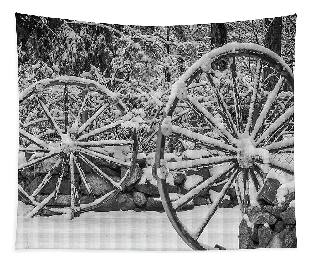 Wheel Tapestry featuring the photograph Oo Wagon Wheels Black And White by Scott Campbell