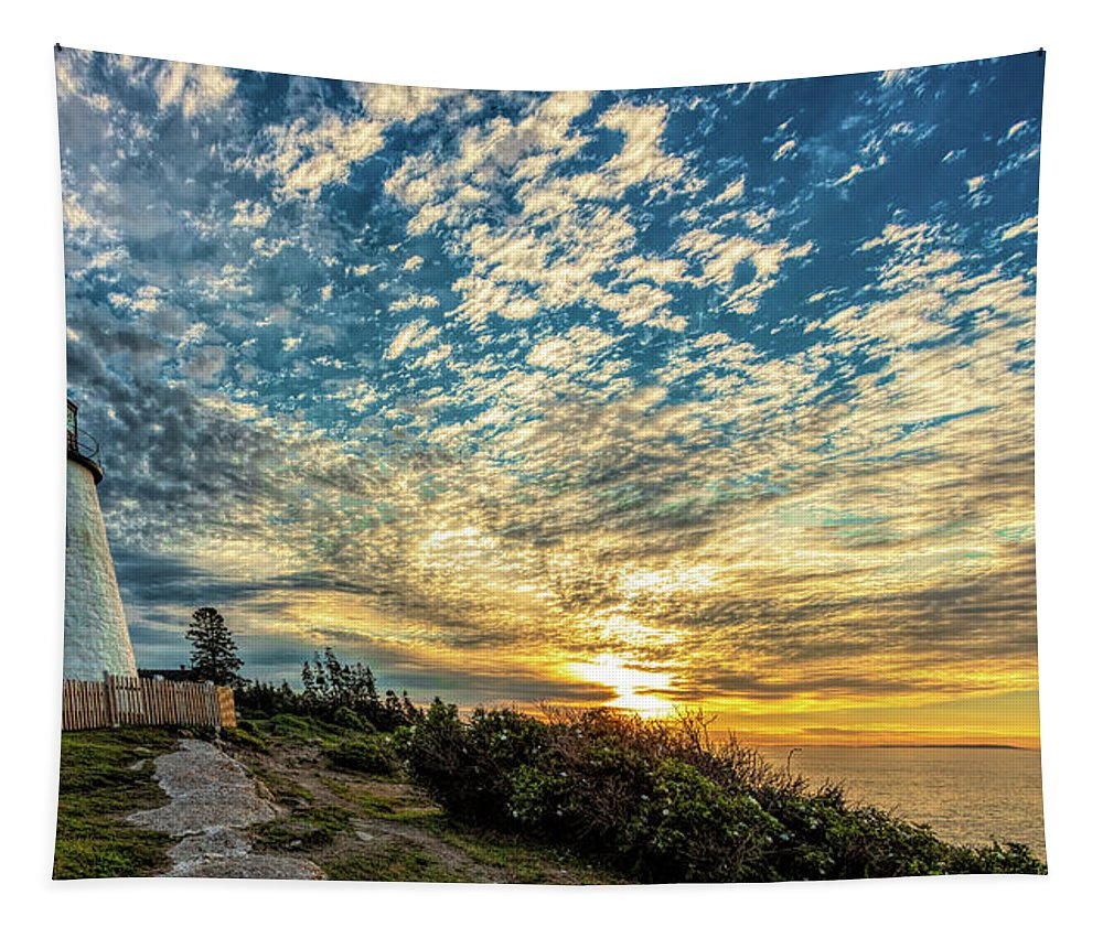 Vacationland Tapestry featuring the photograph Pemaquid Point Lighthouse At Daybreak by David Smith