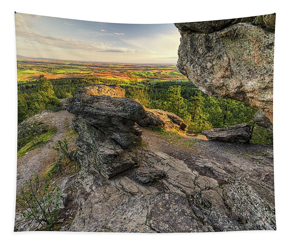 Cave Tapestry featuring the photograph Rocks Of Sharon Overlook by Mark Kiver