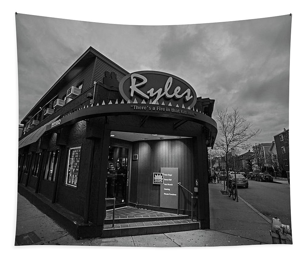 Ryles Tapestry featuring the photograph Ryles Jazz Club Cambridge Ma Inman Square Hampshire Street Black And White by Toby McGuire