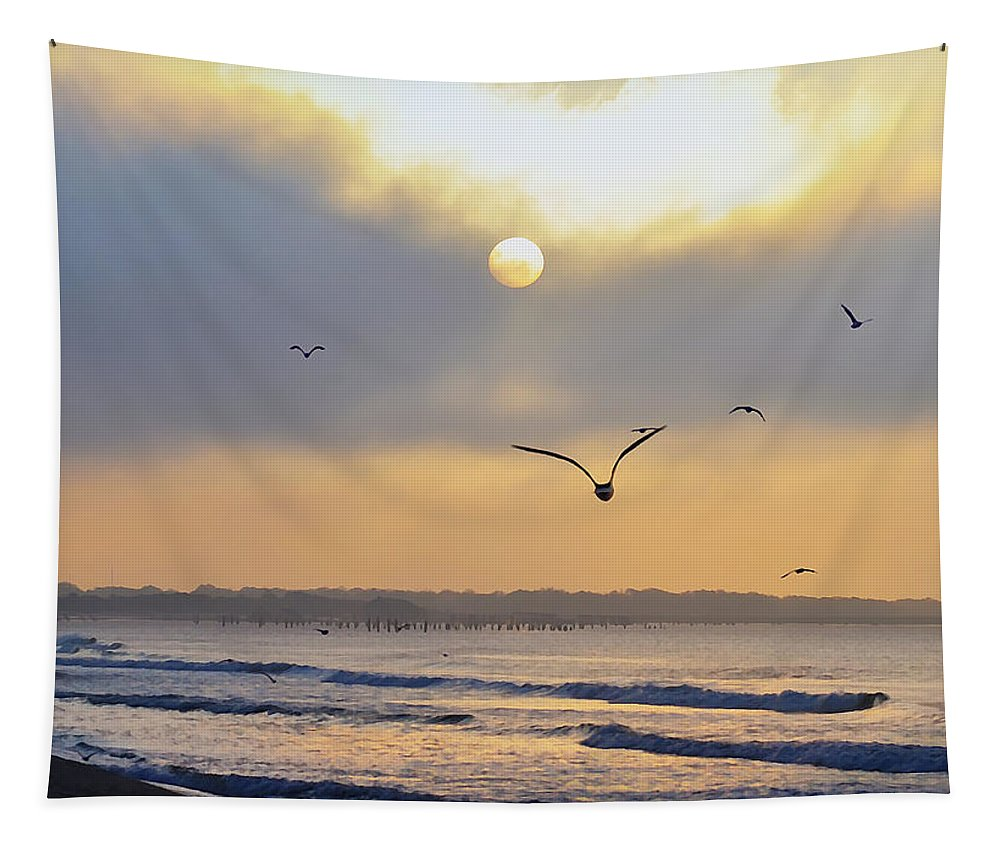 Sunrise Tapestry featuring the photograph Sunday Morning Coming Down by Bill Cannon