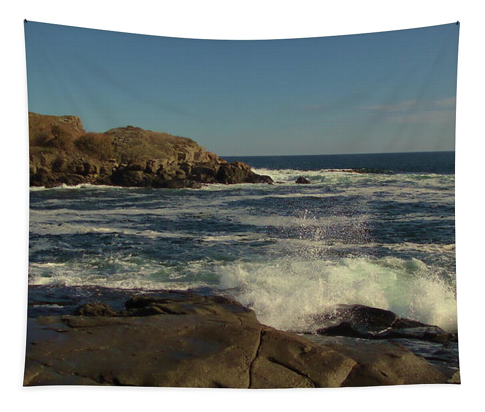 Cape Neddick Light Tapestry featuring the photograph Surf At Nubble Light by Robert McCulloch