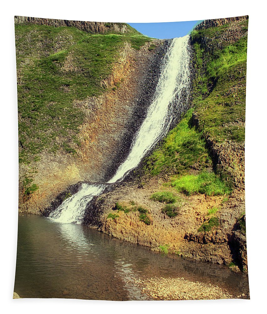 Waterfall Tapestry featuring the photograph Table Mountain Waterfalls by Frank Wilson