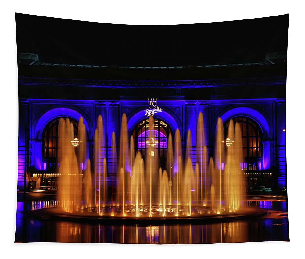Union Station Tapestry featuring the photograph Fountain At Union Station by Lynn Sprowl
