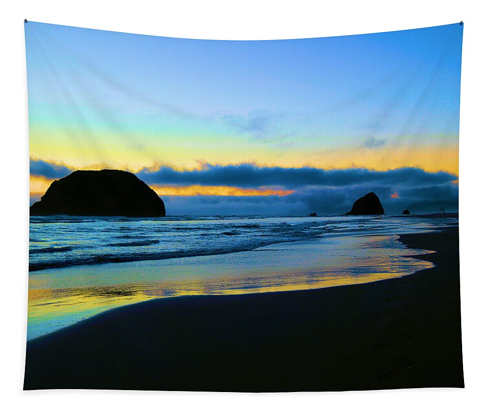 Ocean Tapestry featuring the photograph The Beauty Of The Moment by Jeff Swan