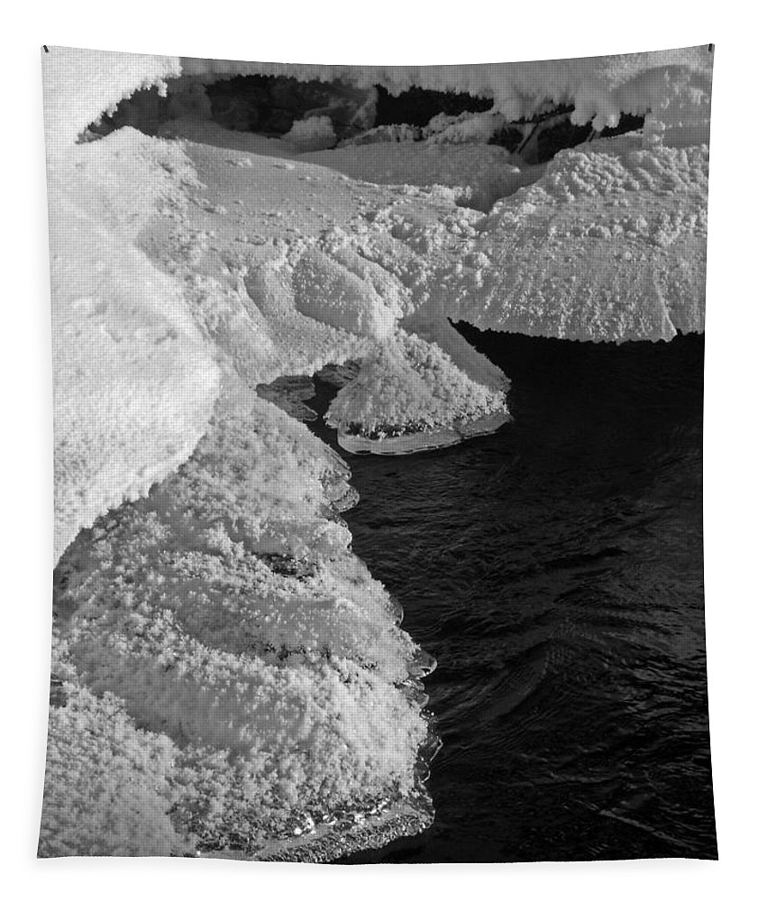 North America Tapestry featuring the photograph The First Ice by Juergen Weiss