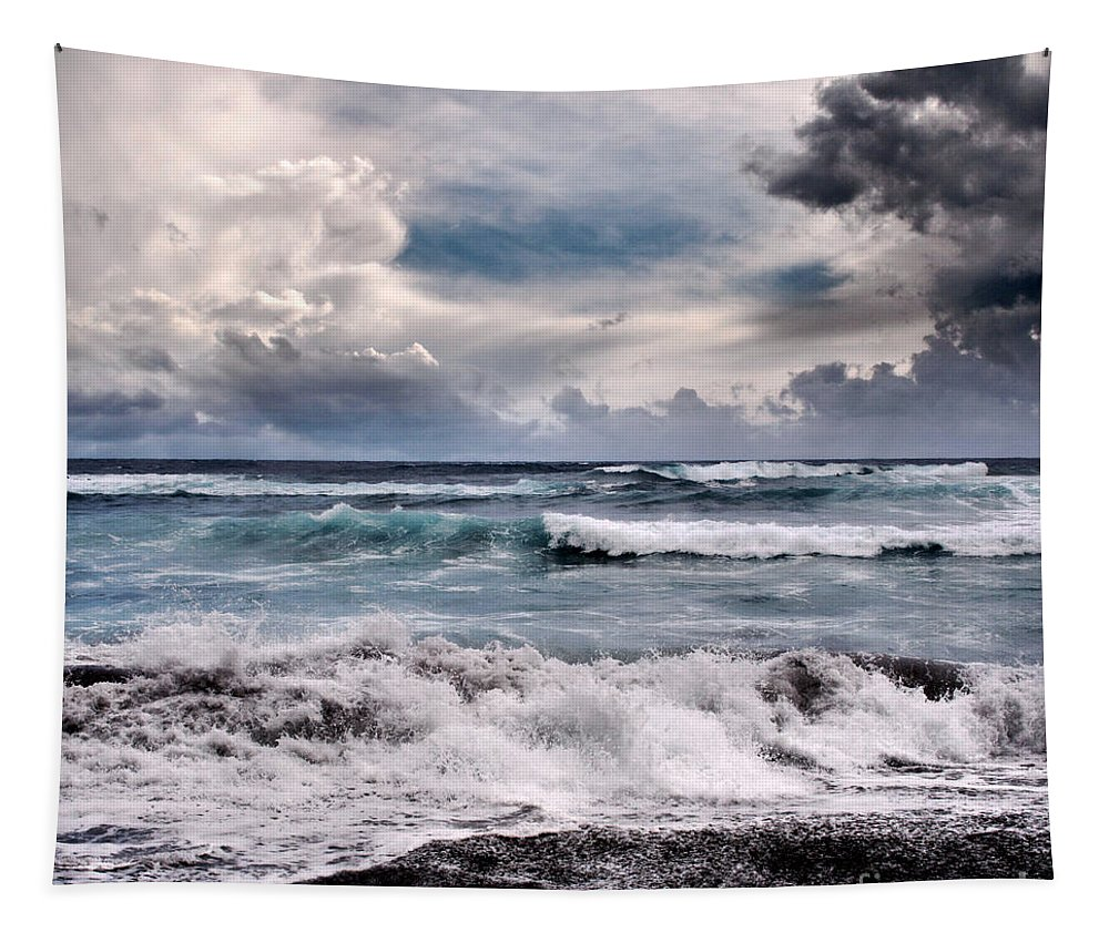Aloha Tapestry featuring the photograph The Music Of Light by Sharon Mau