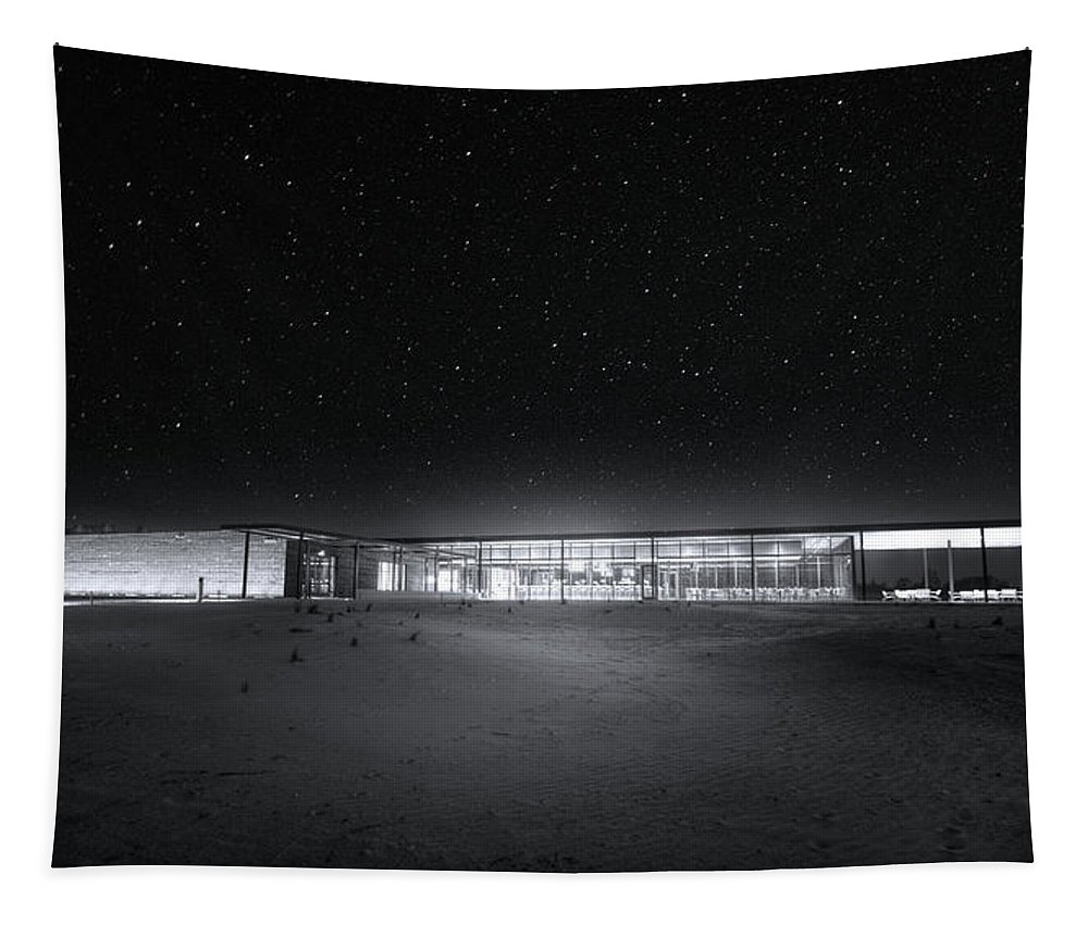 Bone Valley Grill Tapestry featuring the photograph The Ufo Diner by Mark Andrew Thomas