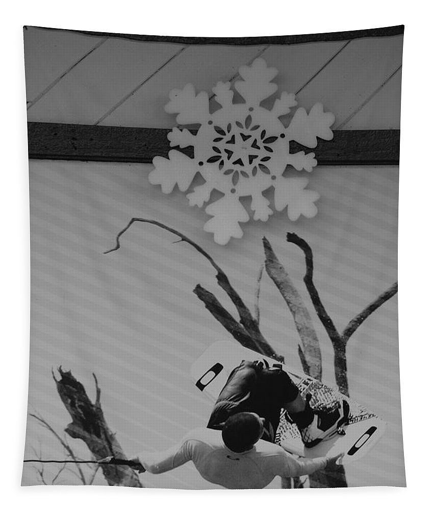 Snow Flake Tapestry featuring the photograph Wall Surfing With A Snow Flake by Rob Hans