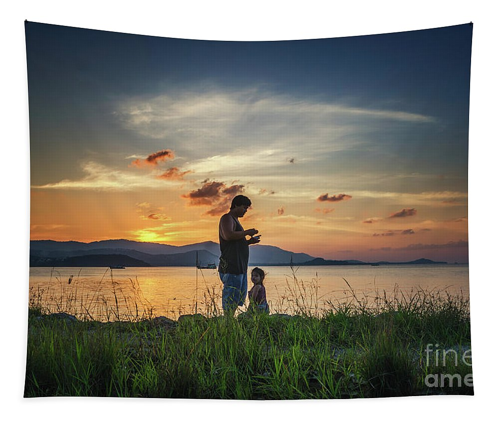 Michelle Meeenawong Tapestry featuring the photograph Watching Sunset With Daddy by Michelle Meenawong