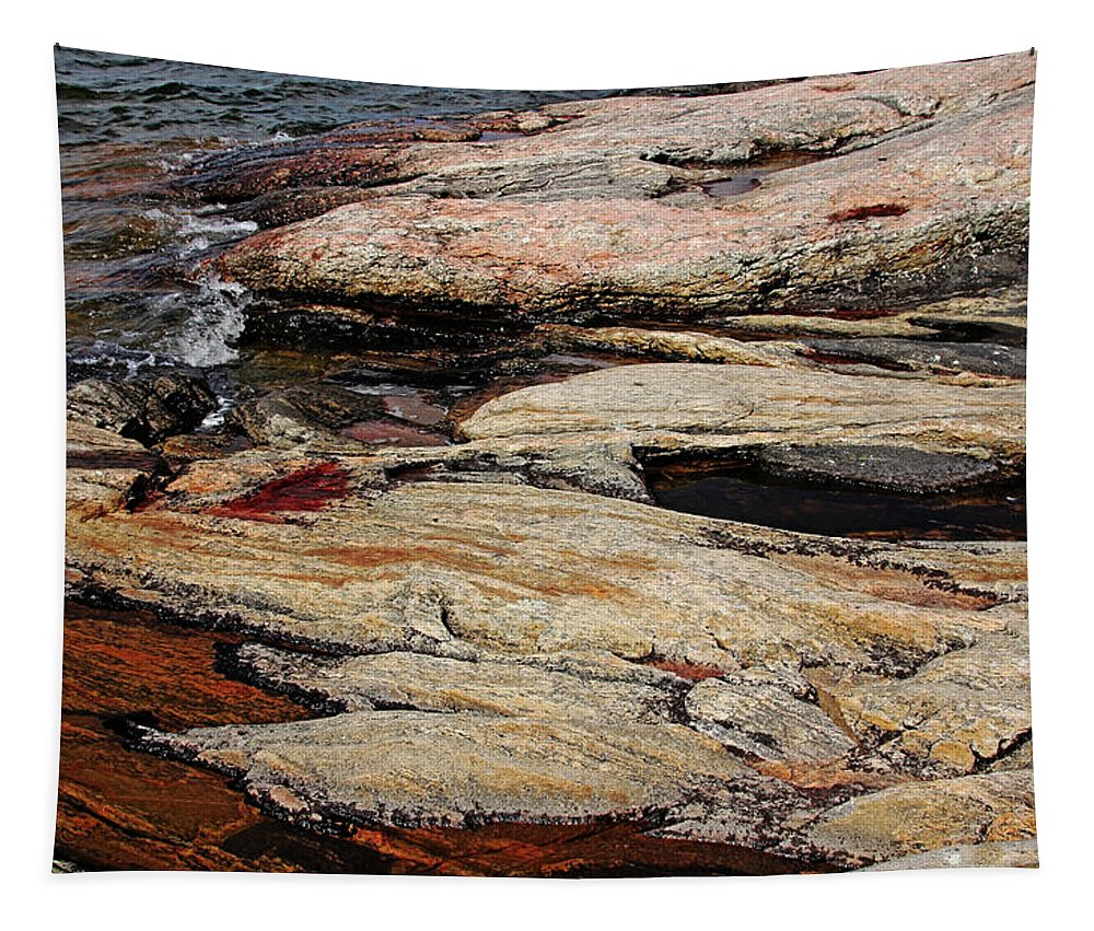 Rock Tapestry featuring the photograph Water's Edge - Wreck Island by Debbie Oppermann