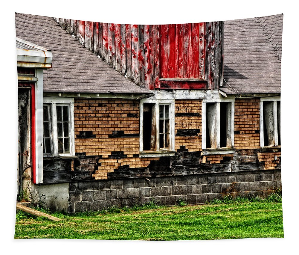 Barn Tapestry featuring the photograph Weathered Barn by Mike Martin