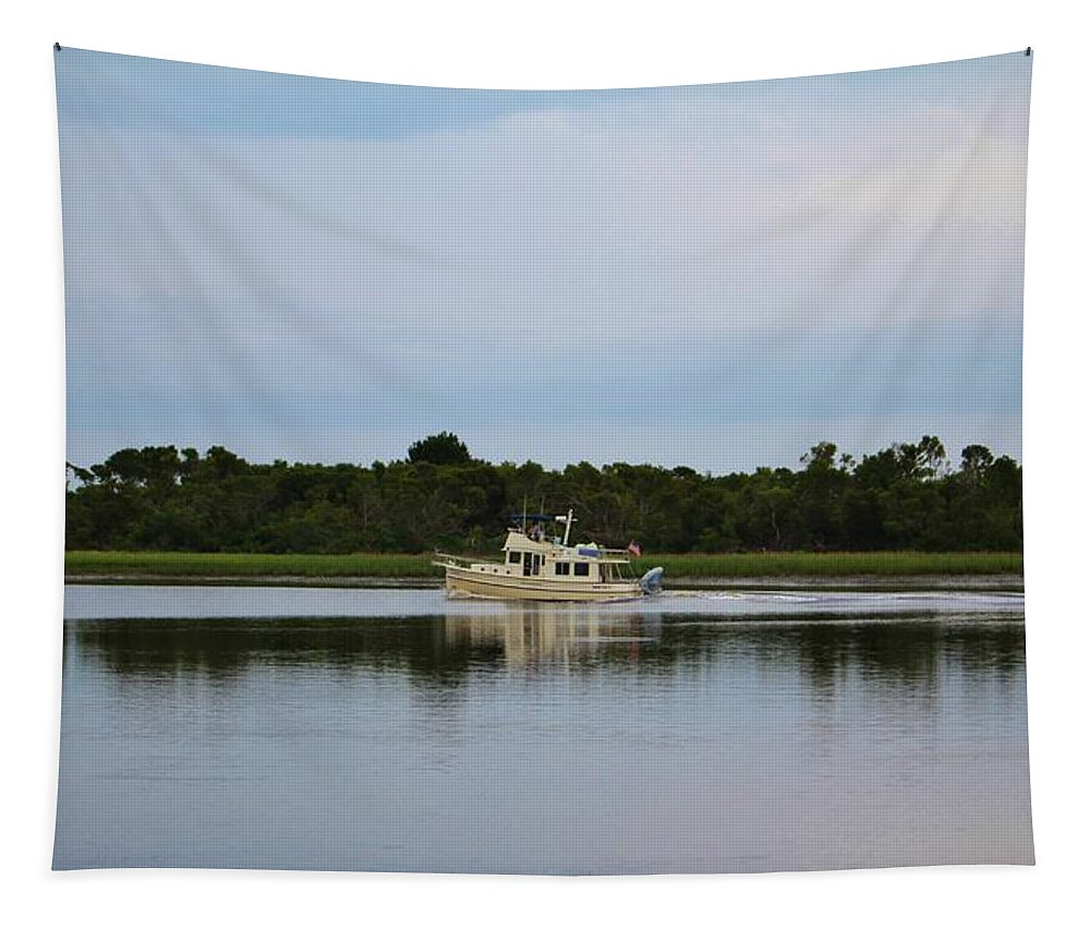 Sunset Beach Tapestry featuring the photograph Weekend Boating by Cynthia Guinn