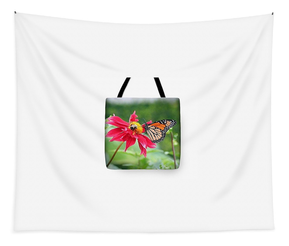 Nature Tapestry featuring the photograph Working Together Tote Bag by Karen Silvestri