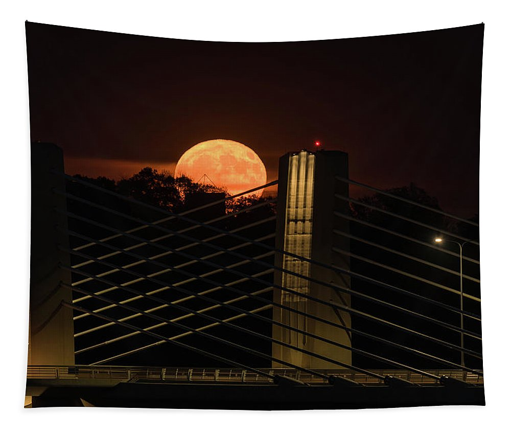 Minnesota Tapestry featuring the photograph Here Comes Mister Moon 3 by Bill Pohlmann