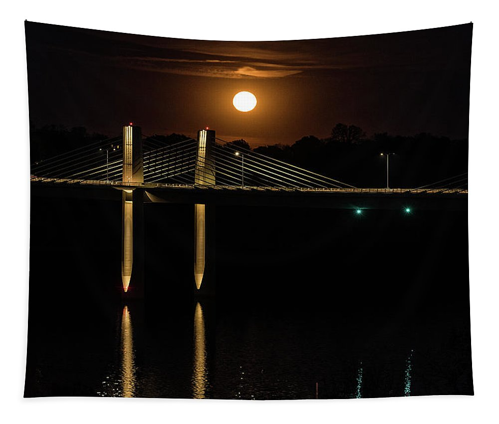 Minnesota Tapestry featuring the photograph Here Comes Mister Moon 5 by Bill Pohlmann
