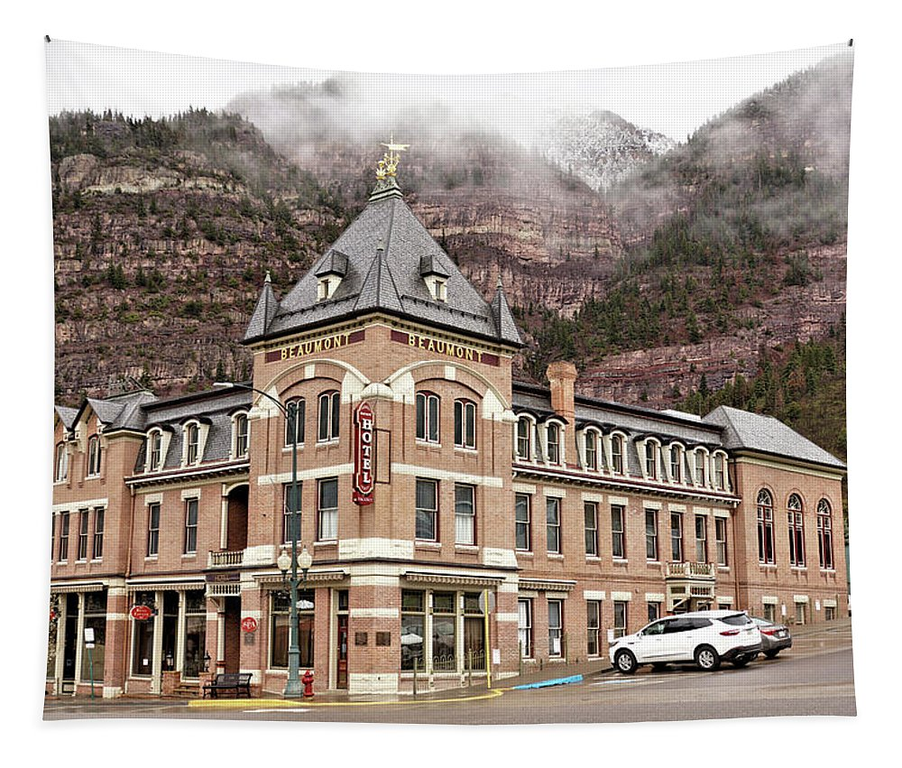 Building Tapestry featuring the photograph Ouray Colorado - Architecture - Hotel by John Trommer