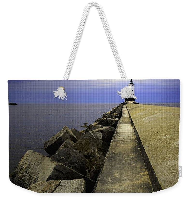 Usa Weekender Tote Bag featuring the photograph Ludington Light House Michigan by LeeAnn McLaneGoetz McLaneGoetzStudioLLCcom