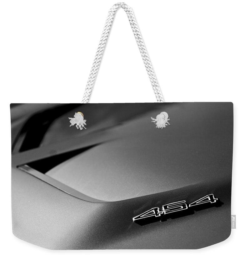 1972 Chevrolet Corvette Convertible Stingray 454 Weekender Tote Bag featuring the photograph 1972 Chevrolet Corvette Stingray Emblem by Jill Reger
