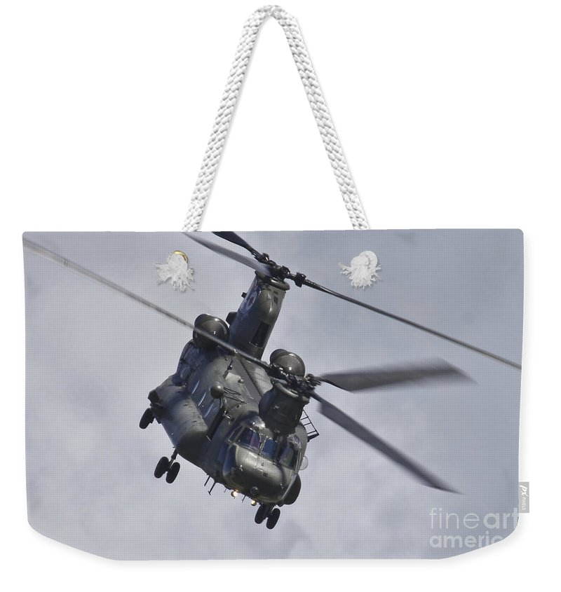 Aviation Weekender Tote Bag featuring the photograph Chinook by J Biggadike