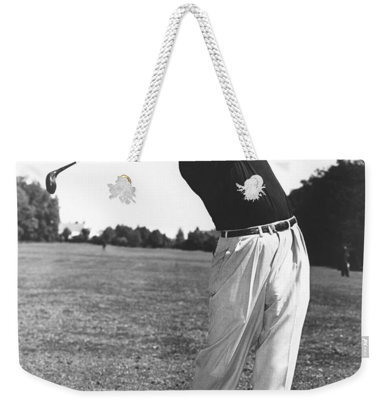 1950 Weekender Tote Bag featuring the photograph Golfer Sam Snead by Underwood Archives
