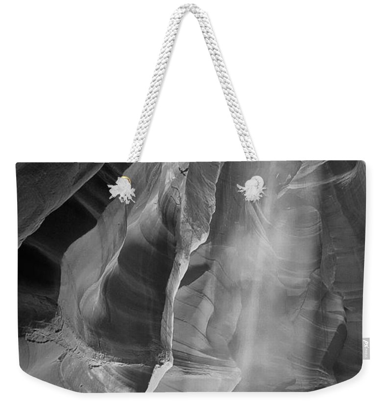 B+w Weekender Tote Bag featuring the photograph Upper Antelope Canyon Litebeam by Jerry Fornarotto