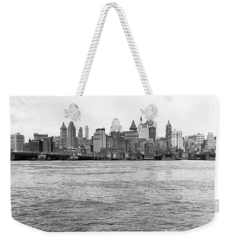 1926 Weekender Tote Bag featuring the photograph Manhattan Skyline by Underwood Archives