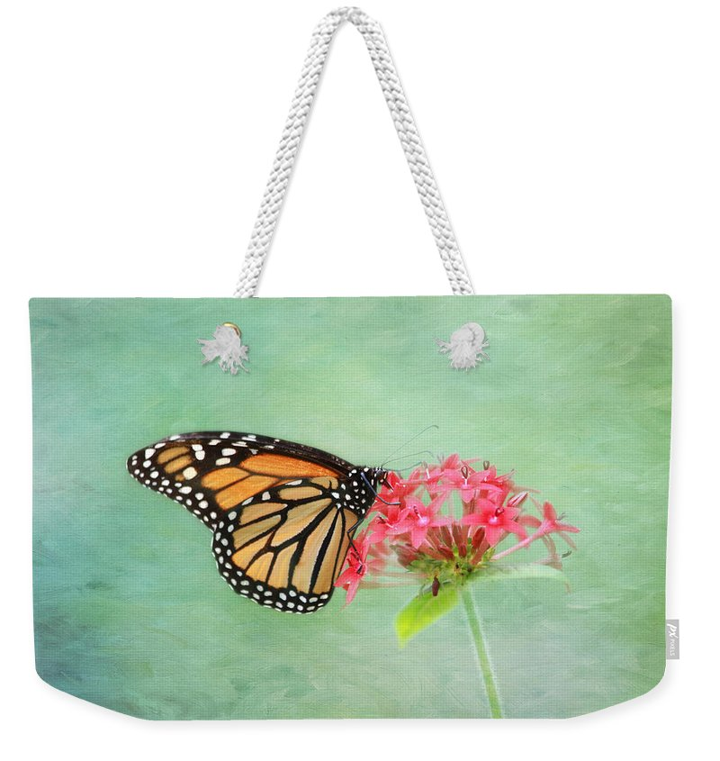 Monarch Weekender Tote Bag featuring the photograph Monarch Butterfly by Kim Hojnacki