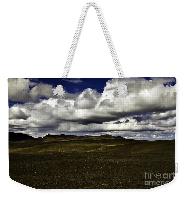 Sand Weekender Tote Bag featuring the photograph The Desert by Gunnar Orn Arnason